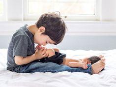13 Amazing Newborn Photo Ideas