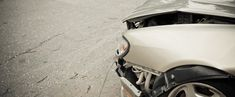 Auto Collision Tips. Good information with a printable copy to have in your glove-box. Car Repair Service, Vehicle Repair, Auto Body Collision Repair, Car Fix, Car Hacks, Car Crash, Motorcycle Bike, Car Shop, Discount Travel