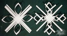 diy-3d-paperiset-lumihiutaleet Frozen Snowflake, Snowflakes, Origami, Christmas Crafts, Symbols, Letters, Stars, Flowers, Holiday Ideas