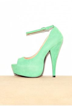 I'm not normally one for platforms-but I loveloveLOVE this color.