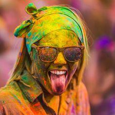 Colorful festival, by Thomas Hawk