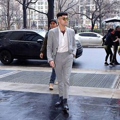 Zayn out in NYC today!
