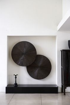 Simple deco, big impact Custommade Noisemanaged Interior www. Grey Interior Design, Modern Interior, Interior Styling, Interior Decorating, African Interior, Asian Home Decor, Minimalist Interior, Wall Sculptures, Interior Inspiration