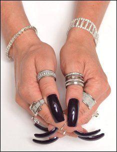 Com - Hand Modeling - Fingernail Modeling - Foot Modeling Long Black Nails, Dark Nails, White Nails, Sexy Nails, Toe Nails, Kylie Nails, Tammy Taylor Nails, Curved Nails, Long Toenails