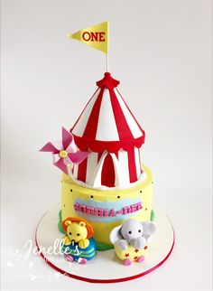 Circus cake. By Jenelle's Custom Cakes.
