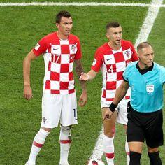 Sport-Nachrichten | Live Sportergebnisse | Meinungen, NEWS & Videos - SPORT BILD Mario, Fifa, Videos, Sports, Tops, Fashion, Referee, Croatia, Heroes