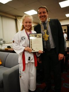 Lola meets the Mayor of Merthyr Tydfil  Images by Taekwon-do-Wales