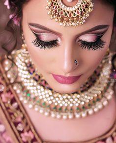 Beard smokey beards q riyadh Bride Eye Makeup, Wedding Eye Makeup, Indian Wedding Makeup, Weeding Makeup, Indian Makeup, Face Makeup, Bridal Makeup Images, Bridal Makeup Looks, Bridal Looks