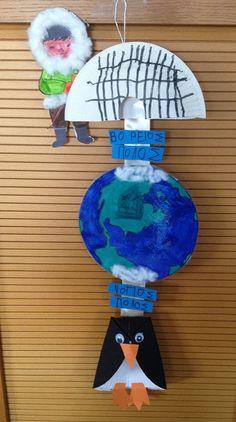 Βόρειος&Νότιος Πόλος-Χειμωνιάτικες κατασκευές Winter Theme, Art Education, Penguins, Art For Kids, Christmas Bulbs, Preschool, Classroom, Activities, Holiday Decor