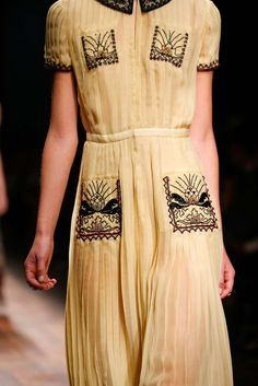 Valentino spring 2015 rtw details