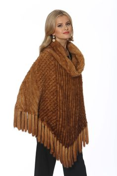A mink poncho is both practical and pretty! With a fabulous knitted mink roll collar, this mink poncho will keep you warm in easy to wear style. All Fashion, Latest Fashion For Women, Luxury Fashion, Fashion Cape, Fashion Trends, Fashion Inspiration, Winter Fashion, Winter Poncho, Cashmere Cape