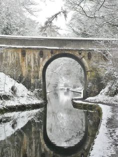 Canal bridge and reflections in the snow, Shropshire Union Canal, Staffordshire, England - Winter Snow Scenes, Winter Scenes, Beautiful World, Beautiful Places, Amazing Places, I Love Winter, Winter Snow, Winter White, Covered Bridges