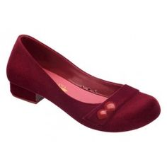 The prettiest shade of red I have seen in a while. Melissa shoes are my absolutle favourites