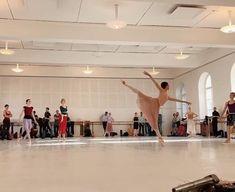 Ballet Gif, Ballet Dance Videos, Dance Tips, Ballet Class, Dance Choreography Videos, Ballet Dancers, Yoga Kurse, Gymnastics Videos, Ballet Photography
