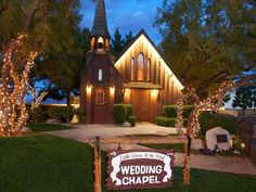 Double Decker Bus Las Vegas Wedding Photographer