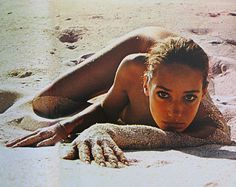 Sand // Beach // Model // Photography // Vintage // Retro // Eyes // Sun