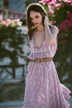 ORACLE – Spell and the Gypsy Collective Sep/Oct Photographer Graham Dunn Muse Luma Grothe Hippie Style, Hippie Boho, Boho Style, Bohemian Soul, Boho Fashion, Fashion Beauty, Fashion Outfits, Beauty Crush, Spell Designs