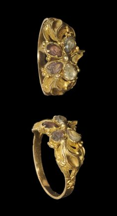 Gold Floral Ring, 17th century A.D.