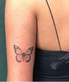Butterfly tattoo design has always been popular with women, it always stands out in other tattoo designs. Butterfly is a symbol of freedom and beauty. Pretty Butterfly Tattoo Designs For Womentattoo sleeve Mini Tattoos, Dainty Tattoos, Little Tattoos, Pretty Tattoos, Body Art Tattoos, Small Tattoos, Tatoos, Seashell Tattoos, Key Tattoos