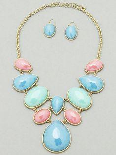Mira este artículo en mi tienda de Etsy: https://www.etsy.com/listing/229972870/statement-necklacesummer-colors