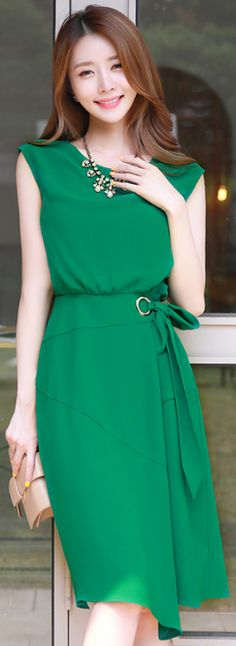 StyleOnme_Ribbon Waist Tie Sleeveless Flared Dress #green #dress #koreanfashion #kstyle #kfashion #summertrend #elegant #feminine #seoul