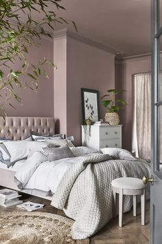 Bedroom Decor For Small Rooms, Room Ideas Bedroom, Home Decor Bedroom, Bedroom Wall, Living Room Decor, Blush Living Room, Teen Bedroom, Bedroom Color Schemes, Bedroom Colors