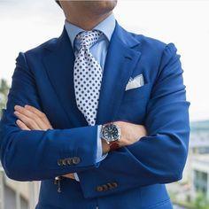 Men's Blue Blazer, Blue Vertical Striped Dress Shirt, White and Blue Floral Tie, White Pocket Square White Pocket Square, Men's Pocket Squares, Dress Shirt And Tie, Blazer Dress, Blazer Jacket, Blue Blazer Men, Navy Blazers, Shirt And Tie Combinations, Men's Fashion