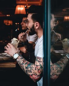 Sleeve Tattoos for Men - Best Sleeve Tattoo Ideas and Designs Cloud Tattoo Sleeve, Cool Half Sleeve Tattoos, Quarter Sleeve Tattoos, Boy Tattoos, Body Art Tattoos, Tattoos For Guys, Traditional Tattoo Old School, Traditional Tattoo Art, Tatuaje Conor Mcgregor