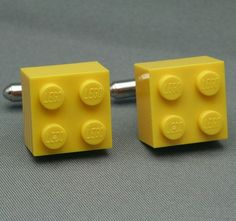 www.weddbook.com everything about wedding ♥  Unique Groom Cufflinks |  Siradisi Damat Kol Dugmeleri #yellow #lego #cufflinks