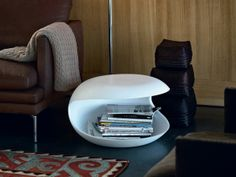 Designed by Salvatore Indriolo for Zanotta is available at Switch Modern - your source for original contemporary design. Designed by Salvatore Indriolo in the multipurpose White Shell table features an abstracted sculptural Side Coffee Table, Coffee Table Design, White Side Tables, Small Tables, Floor Chair, Contemporary Design, Family Room, Home Decor, Table Designs