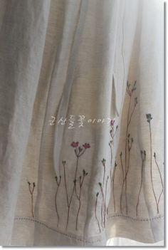 사랑스런 초화화 린넨치마.... 야생화자수수강안내 군산들꽃이야기공방수업은 화요일이나 목요일에하고있어...