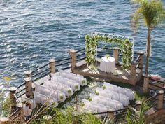 Boda en la  Riviera Maya / Altar de la boda / boda al aire libre / boda en la playa