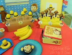 Kitchen Fun With My 3 Sons: Curious George Party with LOTS of fun food ideas! Curious George Party, Curious George Birthday, Monkey Birthday, Boy Birthday, Birthday Ideas, Birthday Cake, Edible Party Favors, Elmo Party, Party Fun