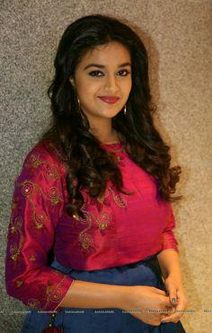 Flawless Keerthi Suresh most recent stills South Actress, South Indian Actress, Most Beautiful Indian Actress, Beautiful Actresses, Indian Film Actress, Indian Actresses, Indian Bollywood, Bollywood Actress, Indiana