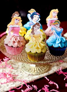 disney-princess-cupcakes-with-skirts