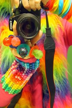 I need a few ringpops for EDC Taste The Rainbow, Over The Rainbow, Colorful Pictures, Cool Pictures, Display Pictures, Facebook Dp, Foto Fun, Facebook Profile Picture, Twitter Image