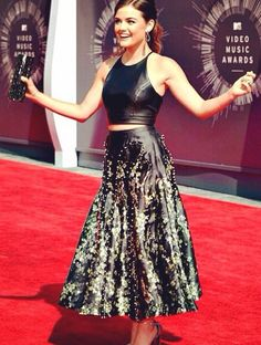 Lucy Hale attend the 2014 MTV Video Music Awards