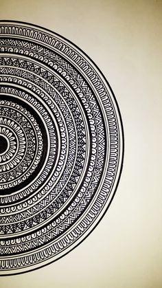 Mandala Art Therapy, Mandala Art Lesson, Mandala Artwork, Mandala Painting, Easy Mandala Drawing, Doodle Art Drawing, Mandala Sketch, Simple Mandala, Art Drawings Beautiful