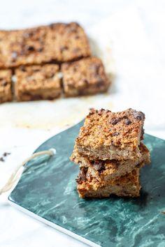 Dit recept voor gezonde peren-havermoutkoeken heb je zo gemaakt en zijn perfect als snack of to-go ontbijtje.