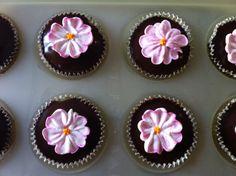 Chocolate Primrose cupcakes