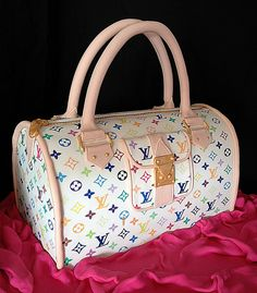 ... , it's no surprise that some women and a few men love these bags so much, that their birthday cakes are modeled after LV bags. Description from lollipuff.com. I searched for this on bing.com/images