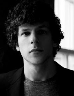 ♎ Jesse Eisenberg, 5 de outubro de 1983. ♎