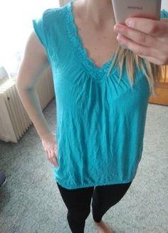 Kupuj mé předměty na #vinted http://www.vinted.cz/damske-obleceni/tilka/12549169-damske-narasene-modre-tilko-velikost-s