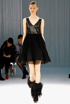 Sacai Fall 2011 Ready-to-Wear Collection Photos - Vogue