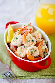 Lemon Garlic Shrimp - easiest and best shrimp recipe with lemon, garlic, butter, and shrimp, all ready in 20 mins. Perfect as is or with pasta   rasamalaysia.com #chickenfoodrecipes