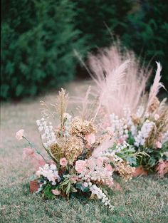Regardless of the type of wedding that needs planning, it will more than likely need flowers. A small informal wedding or a huge fancy affair will both need their share of flowers. You can display your flowers with a soft natural light, with candles or. Beautiful Flower Arrangements, Wedding Arrangements, Floral Arrangements, Beautiful Flowers, Ceremony Backdrop, Ceremony Decorations, Wedding Ceremony, Flowers Decoration, Reception