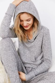 Out From Under Elaine Hoodie Sweatshirt - Urban Outfitters