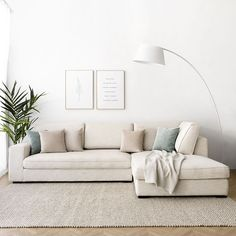 Beige Sofa Living Room, Cute Living Room, Living Room Sofa Design, Home Room Design, Living Room Colors, Interior Design Living Room, Living Room Designs, Living Room Decor, Small Apartment Living