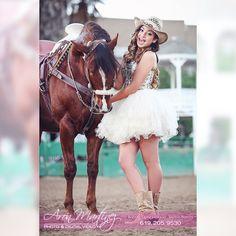#rosasXV #quinceanera #horse #quincedress #quinceday #quinceparty #quincepictures #quincepics #quincesaturday #aronmartinezphotography #premierquincephotographer #bonita #bonitacalifornia #sandiego