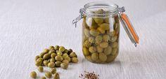Pour vos apéritifs, voici notre recette d'olives vertes en saumure